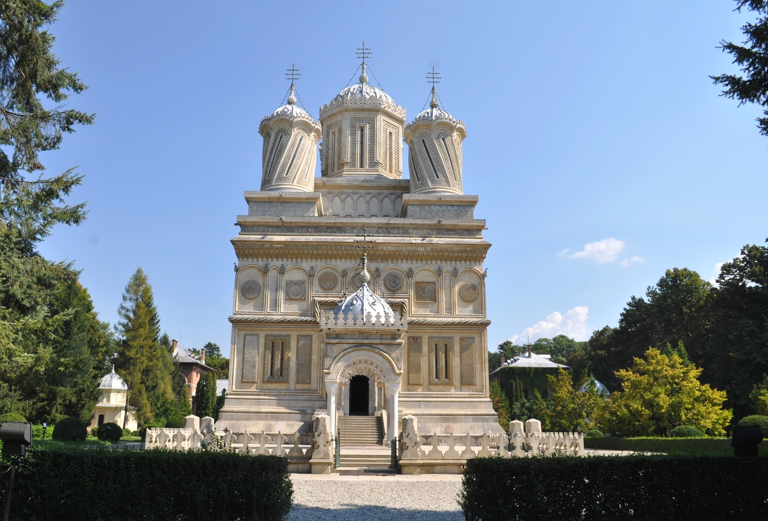 History behind romanian culture - Romanian architectural styles ...
